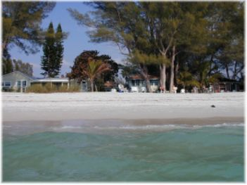 Angelinos Sea Lodge - Hotels/Accommodations - 2818 Avenue E, Holmes Beach, FL, United States