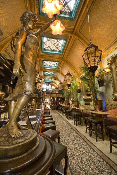 Café En Seine - Restaurants - 40 Dawson St, Baile Átha Cliath, Dublin 2, Ireland