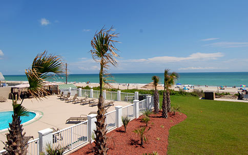 The Islander - Hotels/Accommodations - 102 Islander Dr, Emerald Isle, NC, 28594