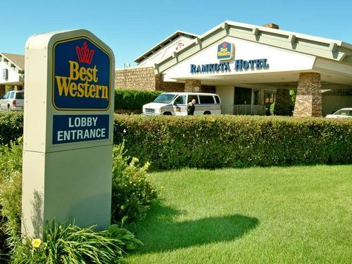 Best Western Ramkota Hotel - Hotels/Accommodations, Reception Sites - 800 S 3rd St, Bismarck, ND, United States