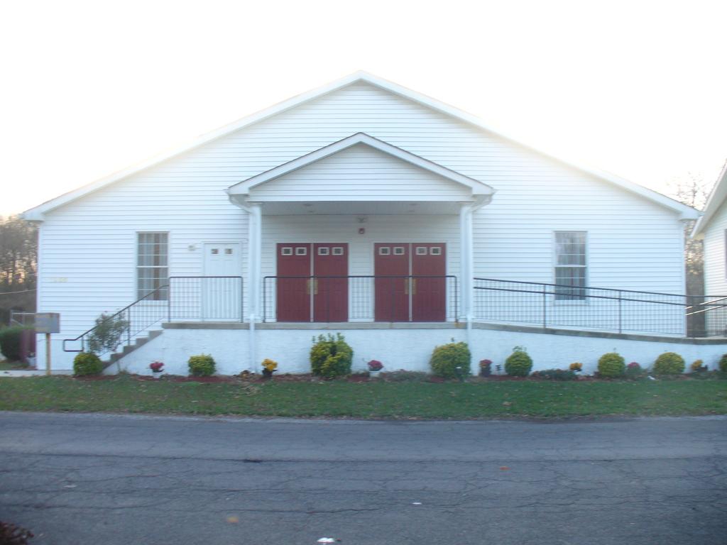 Norton Ave. First Baptist Church - Ceremony Sites - 1150 Norton Ave, Watson,  Bristol, PA, 19007