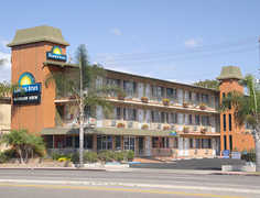 Days Inn San Diego Airport Convention Center/Harbor View - Hotel - 1919 Pacific Hwy, San Diego, CA, 92101