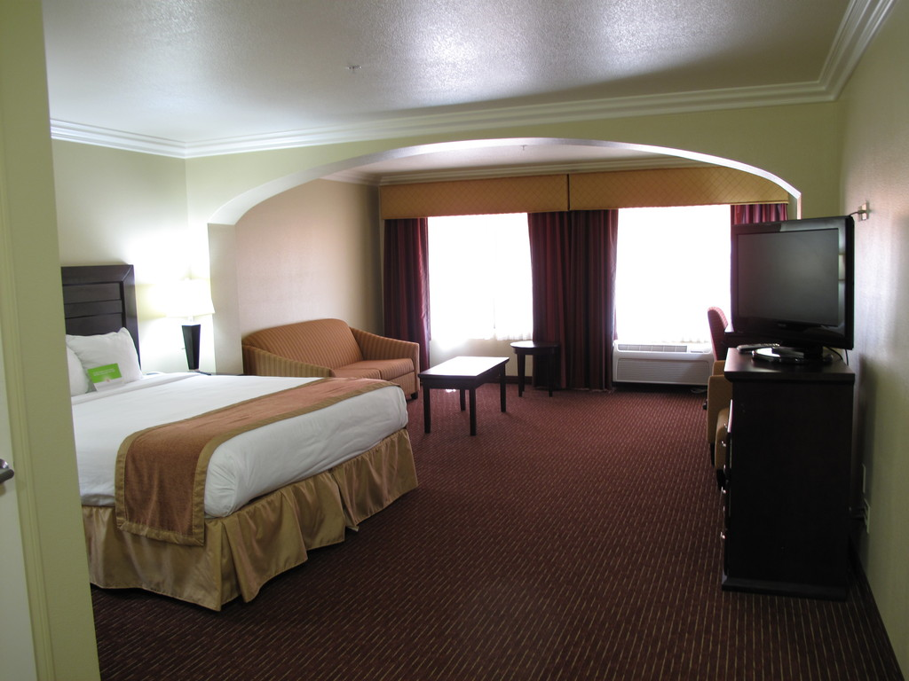 La Quintahotel - Hotels/Accommodations - 27660 Jefferson Avenue, Temecula, CA, United States