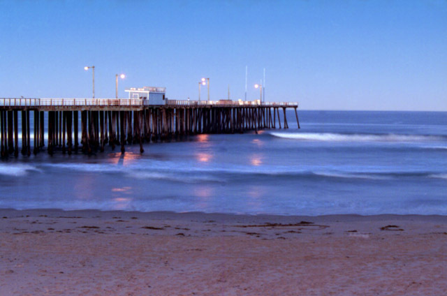 Pismo Beach Pier And Boardwalk - Attractions/Entertainment -