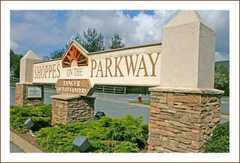 Tanger Outlets on the Parkway - Attraction - 278 Shoppes on the Parkway, Blowing Rock, NC, United States