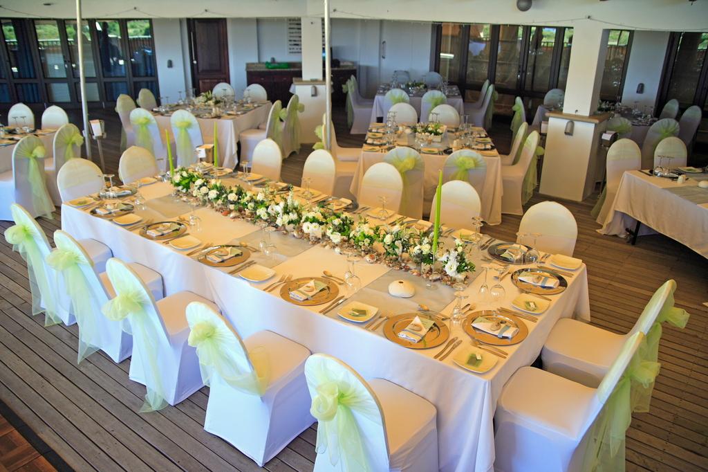 228501 L Wedding Reception
