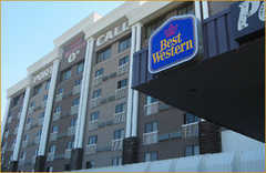 Best westen port o call inn - Hotel - 1935 McKnight Boulevard Northeast, Calgary, AB, T2E 6L7