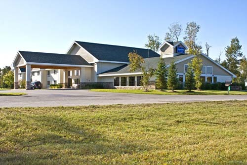 Americinn Lodge & Suites Of Charlevoix - Hotels/Accommodations - 11800 US 31 North, Charlevoix, MI, United States