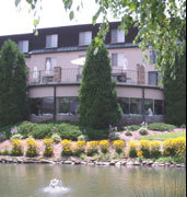 Meadowbrook Inn - Hotels/Accommodations, Reception Sites - 711 Main St, Blowing Rock, NC, 28605