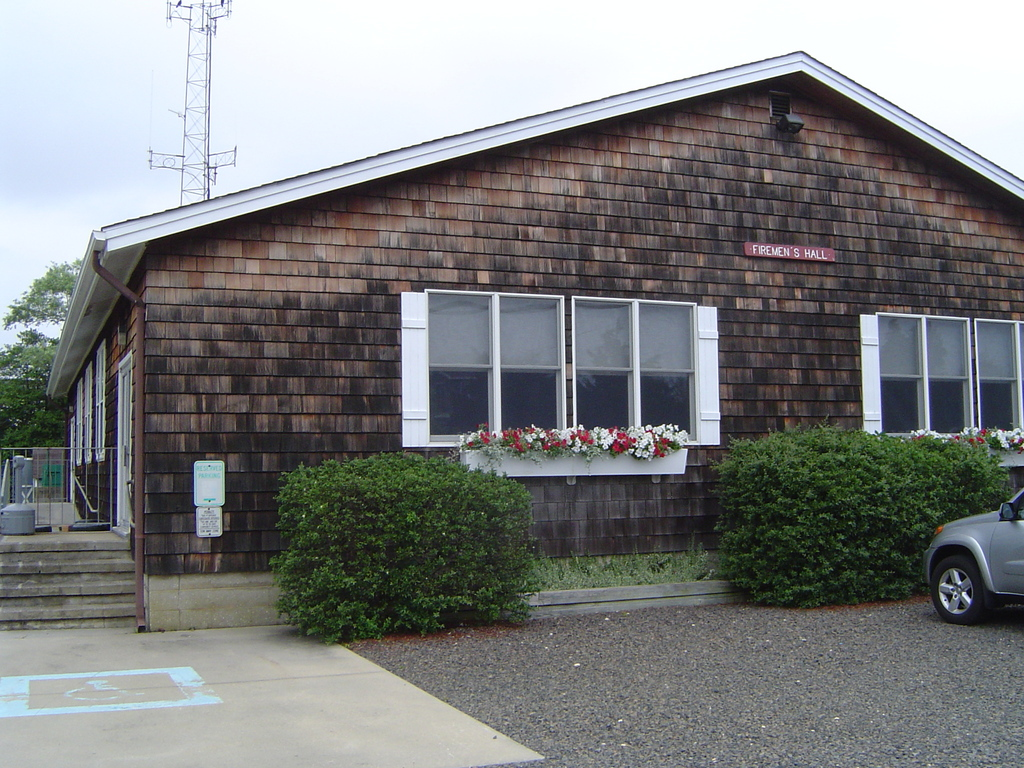 Bargnegat Light Fire Hall - Reception Sites - 10 E 10th St, Barnegat Light, NJ, 08008