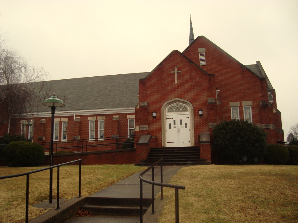 Williamson Road Church Of The Brethren - Ceremony Sites - 3110 Pioneer Rd NW, Roanoke, VA, 24012