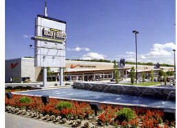 Canada One Factory Outlet - Shopping, Attractions/Entertainment - 7500 Lundy's Lane, Niagara Falls, ON, Canada