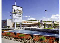 Canada One Factory Outlet - Attraction - 7500 Lundy's Lane, Niagara Falls, ON, Canada