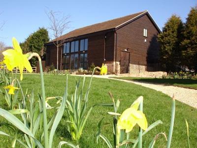 Oak Barn Venue - Reception Sites - Oak Barn Venue, Bell Farm, Studham, Bedfordshire, LU6 2QG, United Kingdom