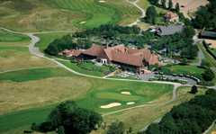 London Golf Club Wedding In July in London Golf Club, Nr Brands Hatch, Sevenoaks, Kent, UK