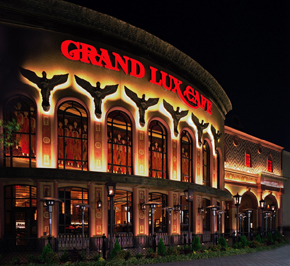 Grand Lux Cafe - Restaurants - 1780 Sawgrass Mills Cir, Sunrise, FL, United States