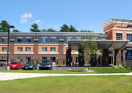 Cambria Suites - Hotels/Accommodations - 255 Munson Ave, Traverse City, MI, 49686