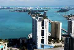 Doubletree Grand Hotel Biscayne Bay Wedding In July in Miami, FL, USA