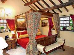 Wizards Thatch - Luxury Hotels - Macclesfield Rd, Alderley Edge, Cheshire, United Kingdom