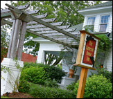Cameron House Inn - Bed & Breakfast - 300 Budleigh Street, P.O. Box 308, Manteo, NC, 27954, US
