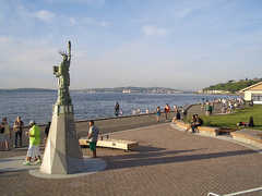 Alki Beach - Attraction - Alki Beach, Seattle, WA 98116, Seattle, Washington, US