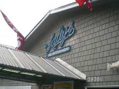 Salty's on Alki Beach - Restaurant - 1936 Harbor Avenue S.W., Seattle, WA, United States