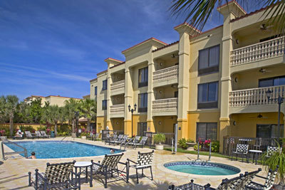 Hampton Inn & Suites Oceanside - Hotels/Accommodations, Reception Sites, Ceremony Sites - 95 Vilano Rd, Saint Augustine, FL, United States