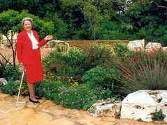 Lady bird Johnson Wildflower Center - Attraction - 4801 La Crosse Ave, Austin, TX, United States