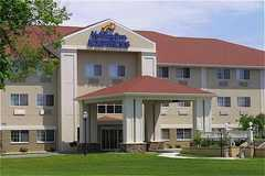 Holiday Inn Express Hotel & Suites - Hotel - 3019 Lakeshore Drive, St. Joseph, MI, United States