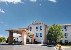 Comfort Inn - Hotel - 1235 Lakeview Dr, Romeoville, IL, 60446