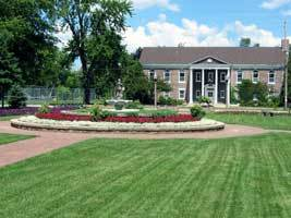 Smith Park - Ceremony Sites, Attractions/Entertainment - 620 Keyes St, Menasha, WI, 54952