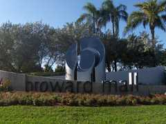 Broward Mall - Malls - 8000 W. Broward Blvd. Sp #220, Plantation, FL, United States