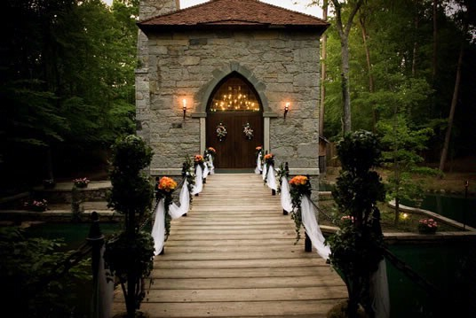 Castle Mcculloch - Reception Sites, Ceremony Sites - 3925 Kivett Dr, Jamestown, NC, 27282