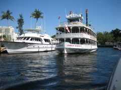 Jungle Queen Riverboat - Entertainment - 801 Seabreeze Blvd # Rta1a, Fort Lauderdale, FL, United States