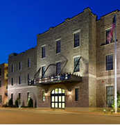 Residence Inn - Savannah Downtown/Historic District - Hotel - 500 W Charlton St, Savannah, GA, 31401