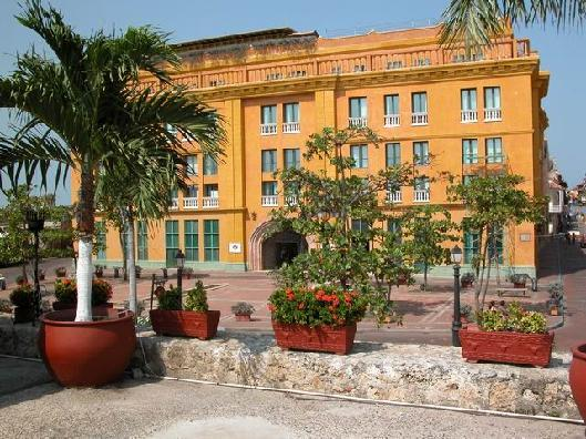 Hotel Santa Teresa - Hotels/Accommodations - 