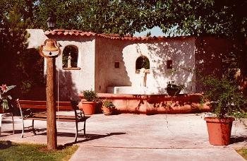 Lundeen's Inn Of The Arts - Hotels/Accommodations - 618 S Alameda Blvd, Las Cruces, NM, 88005