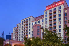 Sheraton Suites Market Center, Dallas - Hotel - 2101 N Stemmons Fwy, Dallas, TX, 75207