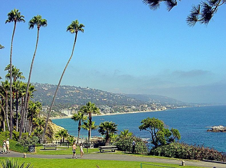 Laguna Beach - Beaches, Attractions/Entertainment - Main Beach, Laguna Beach, CA 92651, Laguna Beach, California, US