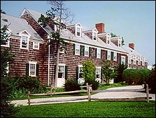 Ram's Head Inn - Hotels/Accommodations, Welcome Sites - 108 Ram Island Drive, Shelter Island, NY, United States