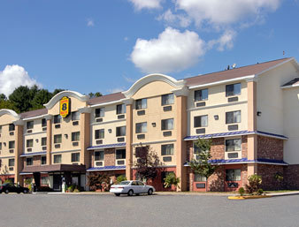 Super 8 Leominster / Boston - Hotels/Accommodations - 482 North Main Street, Leominster, MA, United States