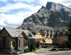 Banff Y Mountain Lodge - Hostel - 102 Spray Avenue, Banff, AB, Canada