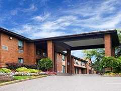 Comfort Inn - Hotel - 955 9th Ave E, Owen Sound, ON, N4K