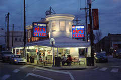 Pat's King of Steaks - Restaurant - 1237 E Passyunk Ave, Philadelphia, PA, 19147, US
