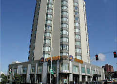 Hotel Deca - Hotel - 4507 Brooklyn Avenue NE, Seattle, WA, United States