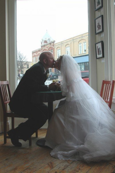 Bride & Groom Pictures At Tim Horton's After Reception - Photo Sites -