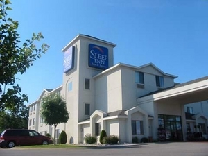 Sleep Inn - Hotels/Accommodations - 5520 Us-31 N, Acme Twp, MI, 49690, US
