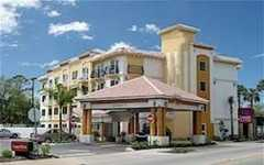 Comfort Suites Downtown - Hotel - 42 San Marco Avenue, St. Augustine, FL, United States