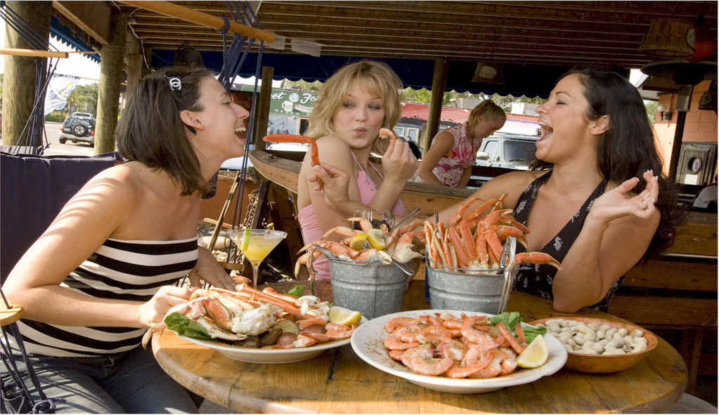 Folly Beach Crab Shack - Restaurants - 26 Center Street, Folly Beach, SC, United States