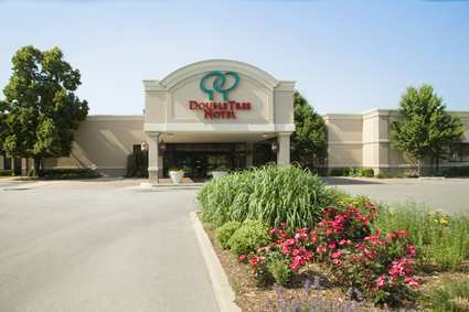 Doubletree Hotel Chicago/alsip - Hotels/Accommodations, Reception Sites - 5000 West 127th Street, Alsip, IL, United States